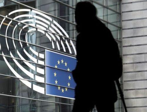 """El Parlamento Europeo, alarmado por la ley española del spam electoral: """"No encaja en el Reglamento de Protección de Datos"""""""